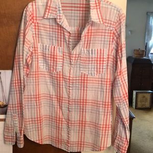 MAURICES light weight button down